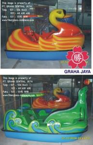 Sepeda air model angsa dan anjing laut